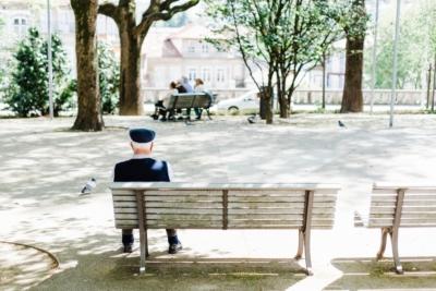 Senior et personnes agees - détection des chutes