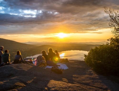 Parents en perte d'autonomie : comment partir en vacances l'esprit tranquille
